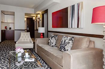 Deluxe suite at Le Saint-Sulpice Hôtel Montréal