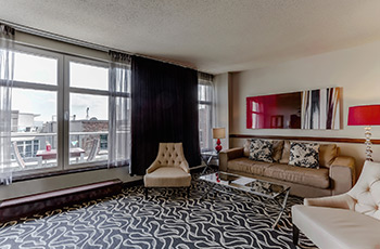 Suite Exécutive avec balcon et foyer de l'Hôtel Le Saint-Sulpice