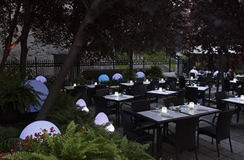 Garden terrace at Le Saint-Sulpice Hôtel Montréal