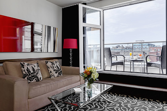 Executive Suite with open window in Old Montreal
