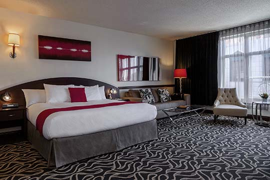 Superior Suites with King Bed in Old Montreal