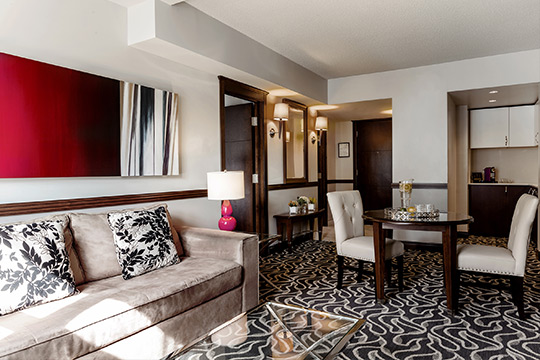 Executive Suite with living room in Old Montreal