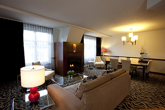 Signature Suites with fireplace in Old Montreal